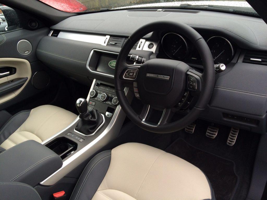 range-rover-evoque-diesel-hatchback-2-0-td4-hse-dynamic-5dr-manual-car-leasing-interior