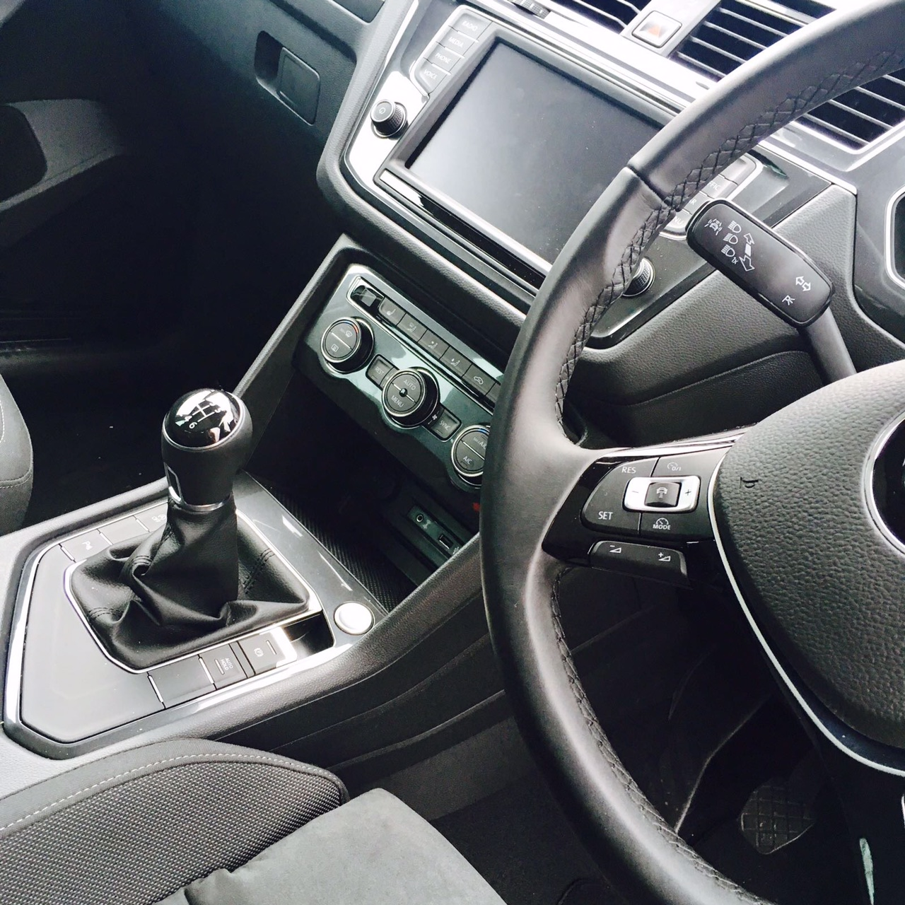 volkswagen-tiguan-diesel-estate-2-0-tdi-bmt-150-sel-5dr-manual-car-leasing-luxury