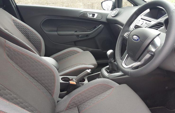 ford-fiesta-hatchback-1-0-ecoboost-140-st-line-navigation-3dr-manual-car-leasing-interior
