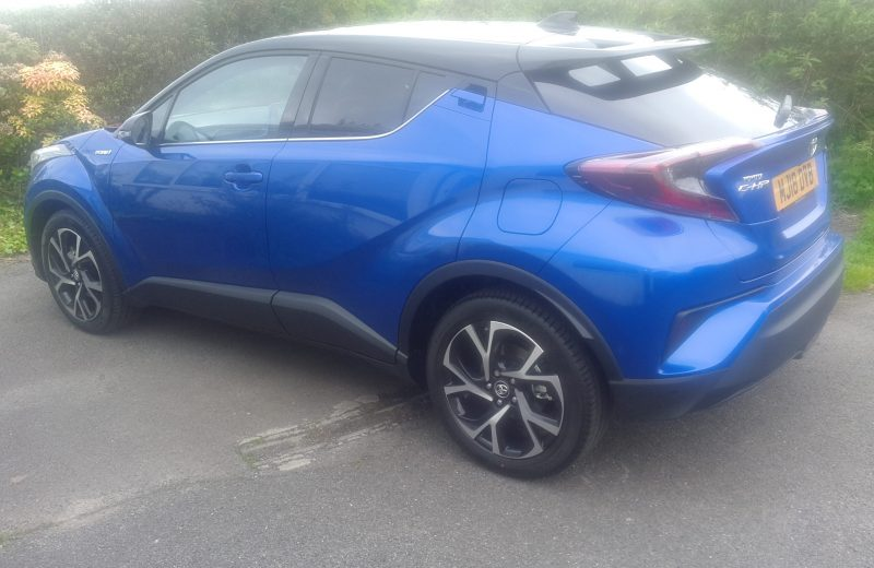 Toyota C-HR Hatchback 1.8 Petrol Hybrid Dynamic 5 door CVT (Auto) Car Leasing Best Deals