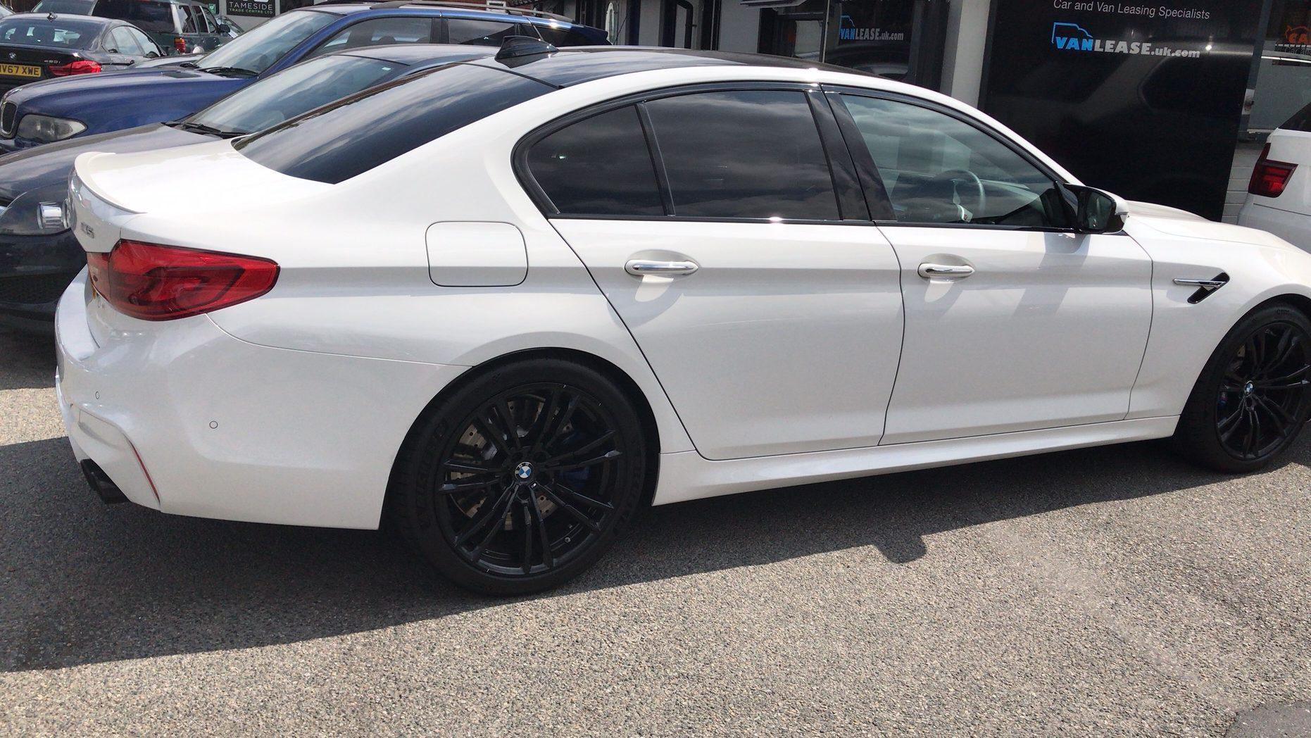 BMW M5 SALOON M5 4dr DCT Car Leasing Performance