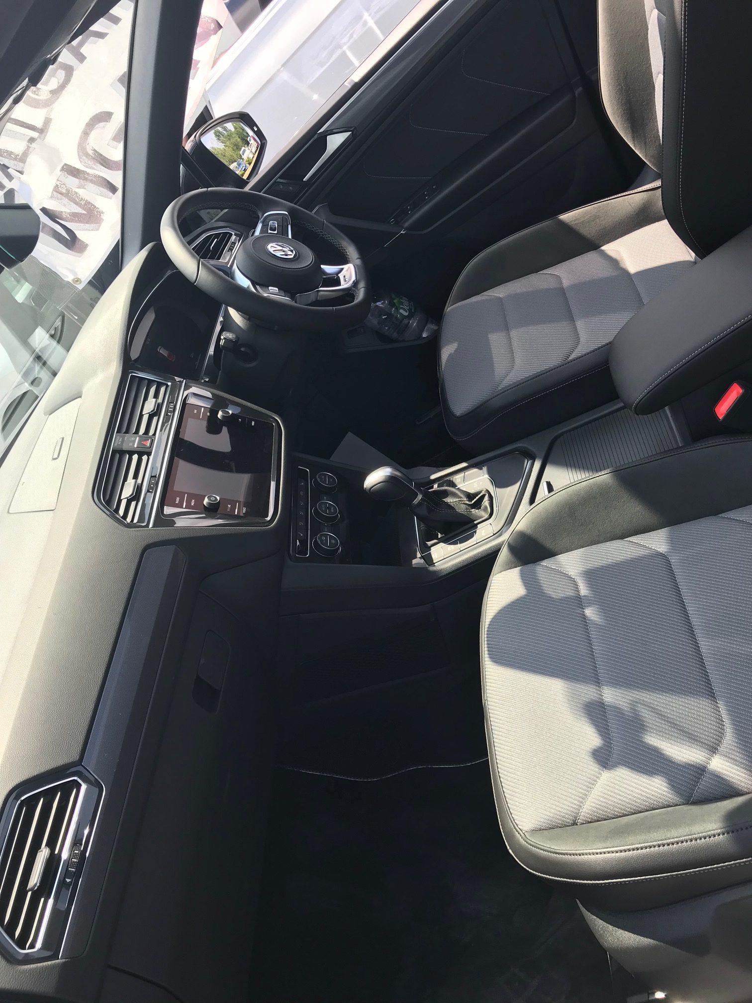 Volkswagen TIGUAN ALLSPACE DIESEL ESTATE 2.0 TDi R Line 5dr DSG Car Leasing (7 seat) Select Options