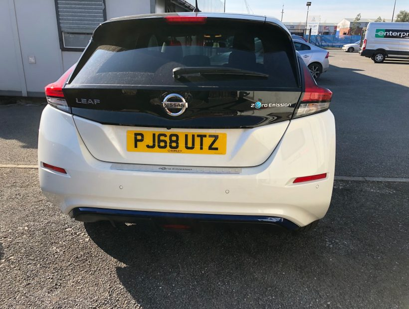 Nissan LEAF HATCHBACK 110kW Tekna 40kWh 5dr Auto Electric Car Leasing Best Offers