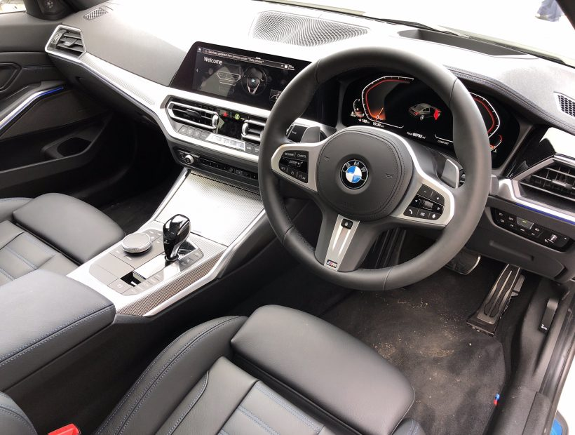 BMW 3 SERIES DIESEL SALOON 320d xDrive M Sport 4dr Step Auto Car Leasing Interior