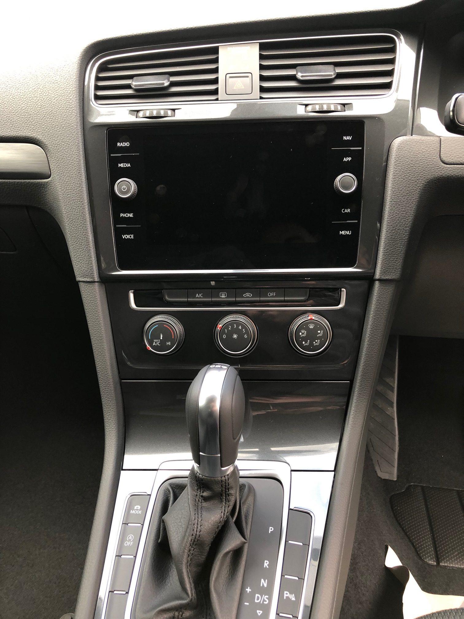 Volkswagen GOLF DIESEL HATCHBACK 1.6 TDI Match 5dr DSG Car Leasing Information