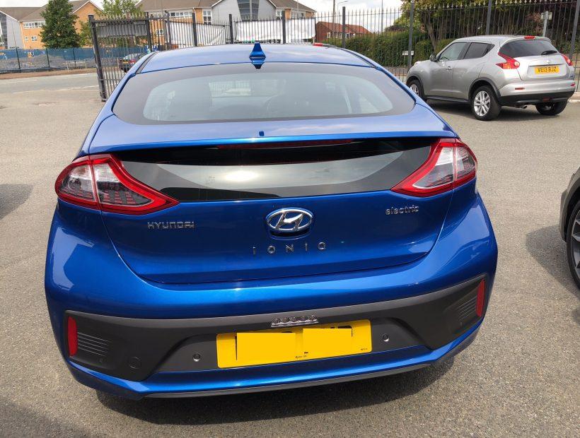 Hyundai IONIQ SALOON 88kW Electric Premium SE 28kWh 5dr Auto Electric Car Leasing