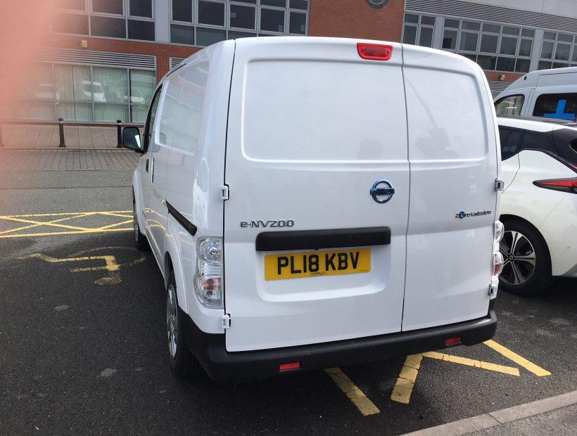 Nissan eNV200 ELECTRIC 80kW Acenta Van Auto 40kWh Van Leasing Electric